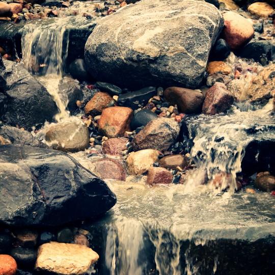 beautiful-waterfall-pond-water-feature-blaine-mn
