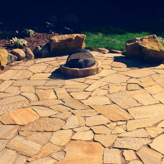 fire-pit-flagstone-patio-boulder-minnetonka-mn