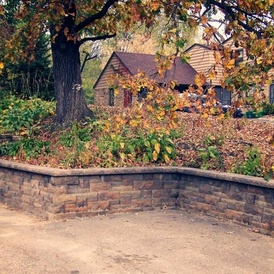 retaining-wall-anchor-saint-louis-park-mn